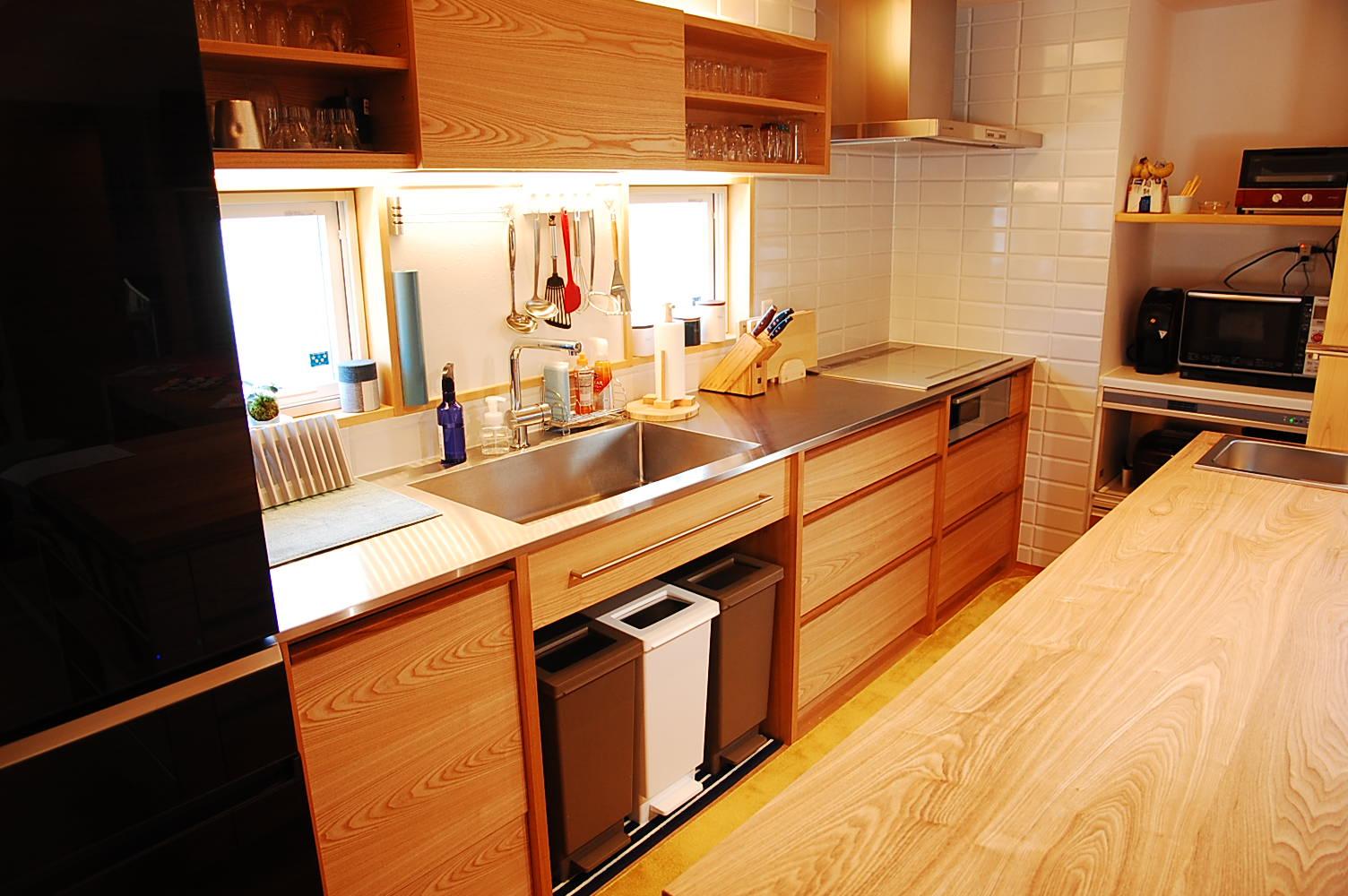 K邸_ステンレスカウンタータモI型キッチン