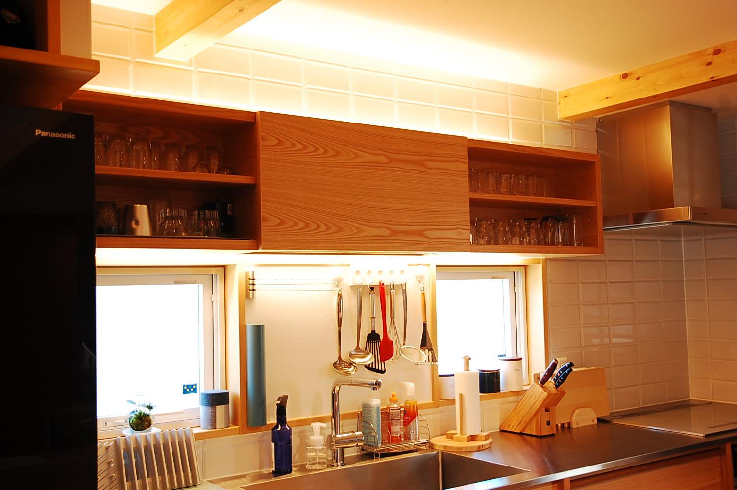 タモオーダーキッチン吊戸棚