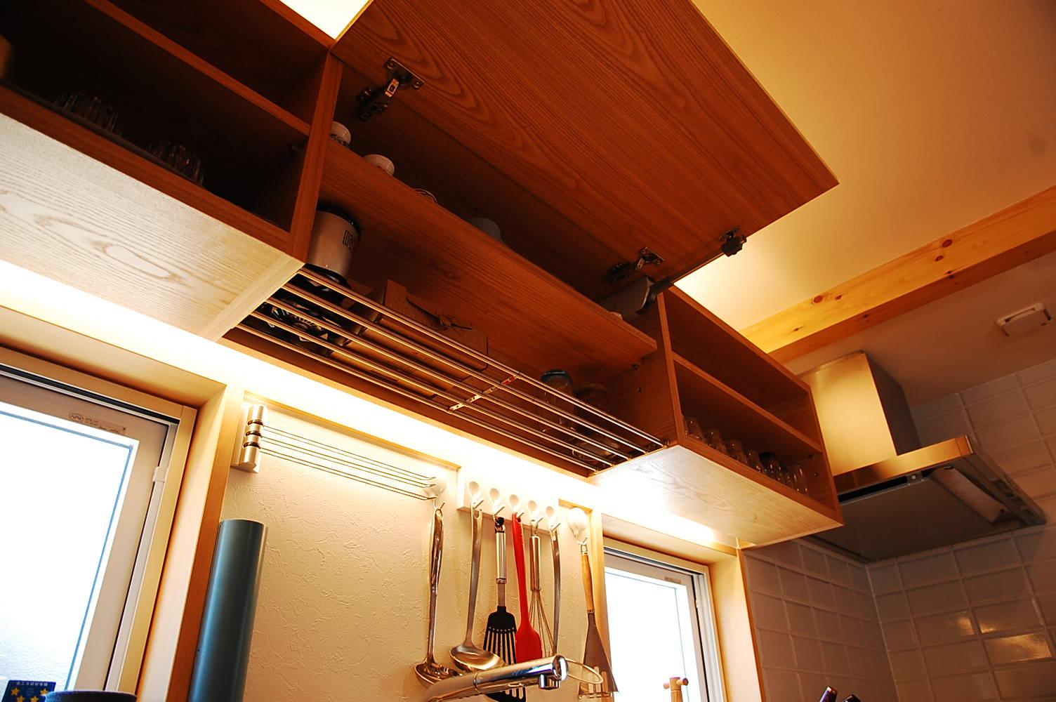オーダーキッチン吊戸棚